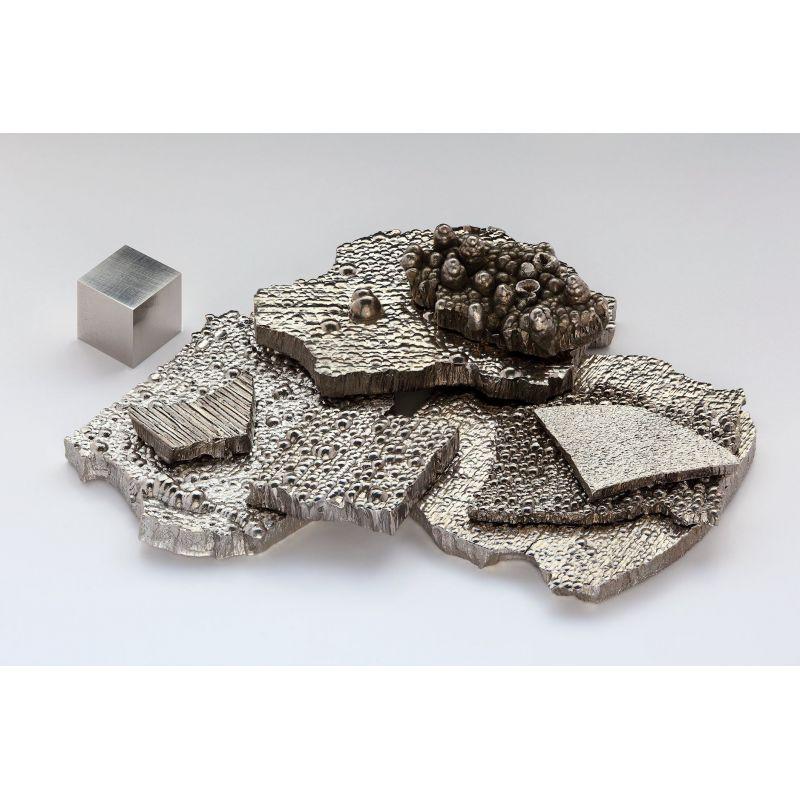 Kobaltový meziprodukt Co 99,3% čistý kovový prvek 27 tyčinek nuggetů 25 kg kobaltu